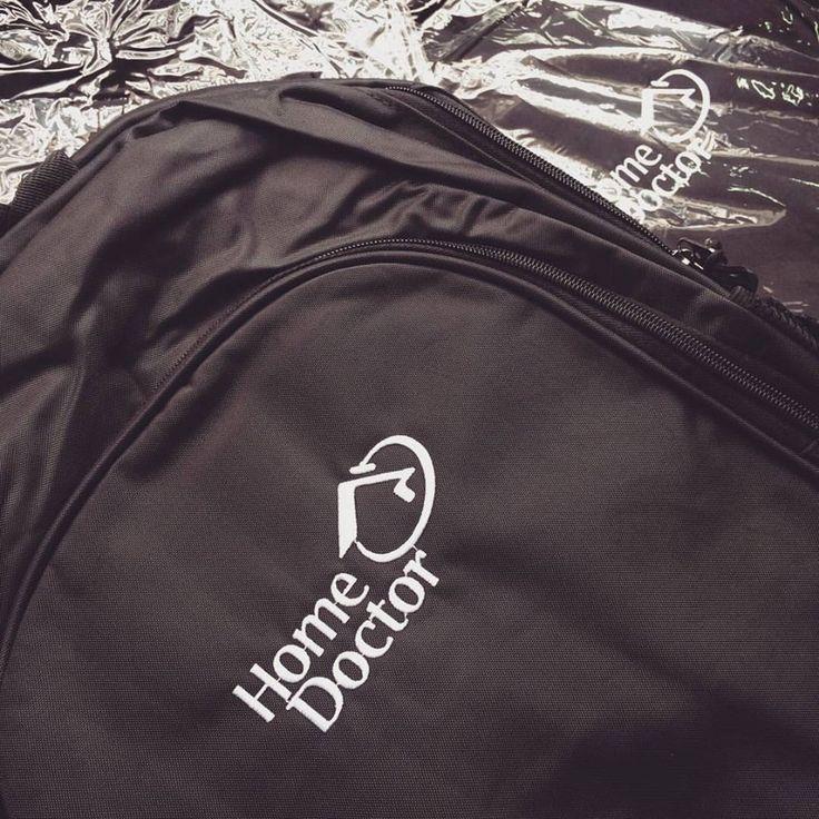As mochilas da Home Doctor Brasil ficaram prontas e eles amaram!!  Faça um orçamento em nosso site!  #mochila #brindespromocionais #brindespersonalizados #brindescorporativos #malgueiro #brindes