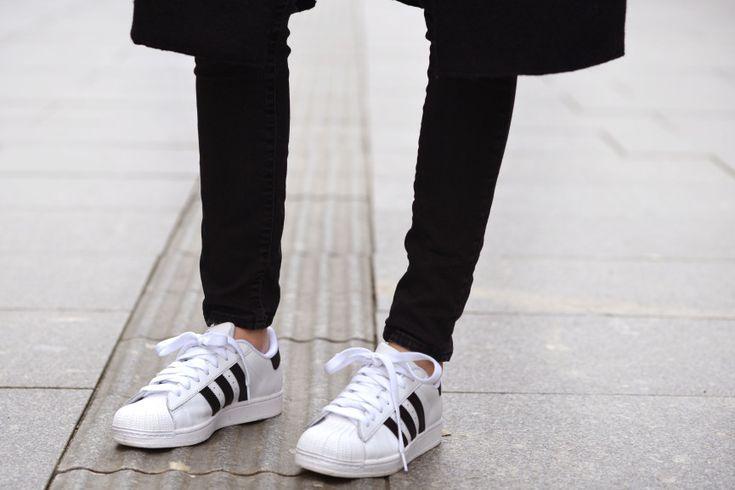 Style - Minimal + Classic: Adidas stripes
