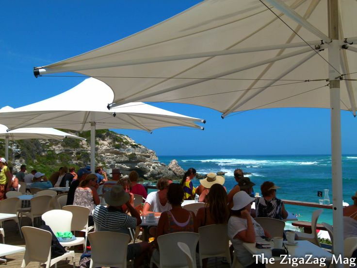 Where to eat in Margaret River. White Elephant Beach cafe at Gnarabup is a great spot for brekkie or lunch