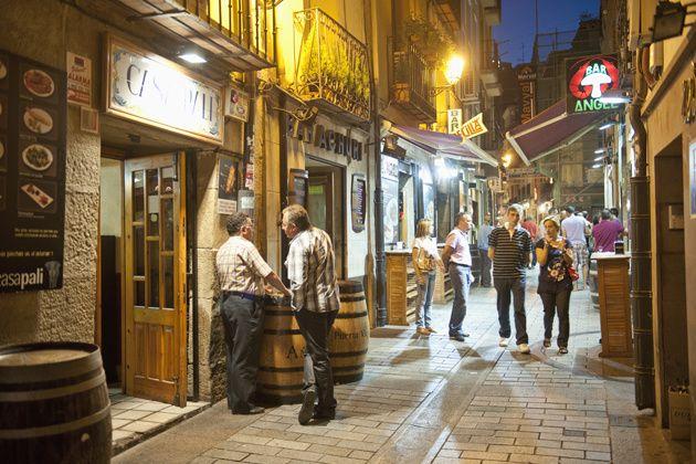 Calle Laurel, la indispensable para el vino y la tapa en Logroño
