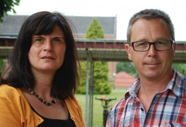 directeur Karin Reubrecht en leraar wiskunde Kurt Rasschaert  van GO! Middenschool Campus Kompas in Wetteren.