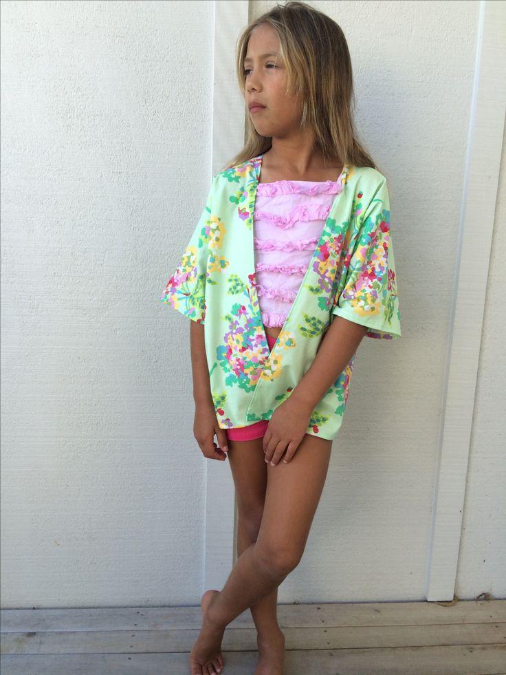 Giselle kimono with high-low hem