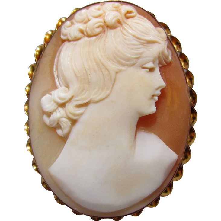 10K Gold Shell Cameo Pin/Brooch By AMCO c1935