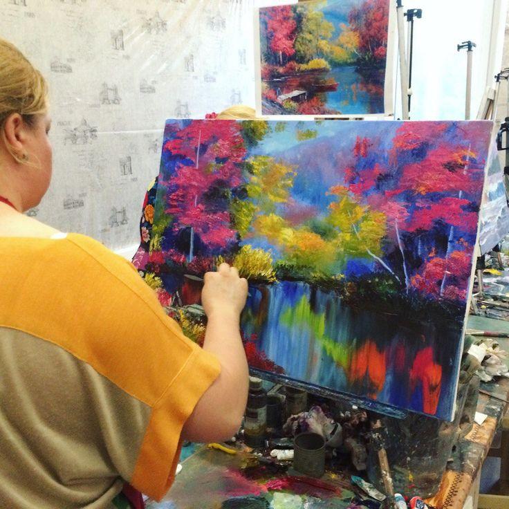 Меня зовут Полина Сахарова, я провожу мастер классы живописи в Москве. Не знаете куда пойти? Вы напишете красивую картину маслом на холсте с моей помощью за 4 часа. Стоимость 2500 р - все включено! Спешите записаться +79153401133 деревья озеро лодка осень лес красивая картина яркая холст масло живопись арт art master class oil paint painting studio москва уроки живописи маслом научиться рисовать хенд мейд своими руками краски художник искусство handmade идеи творчество импрессионизм мастихин