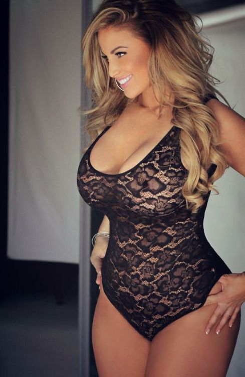 Curvy women in corsets