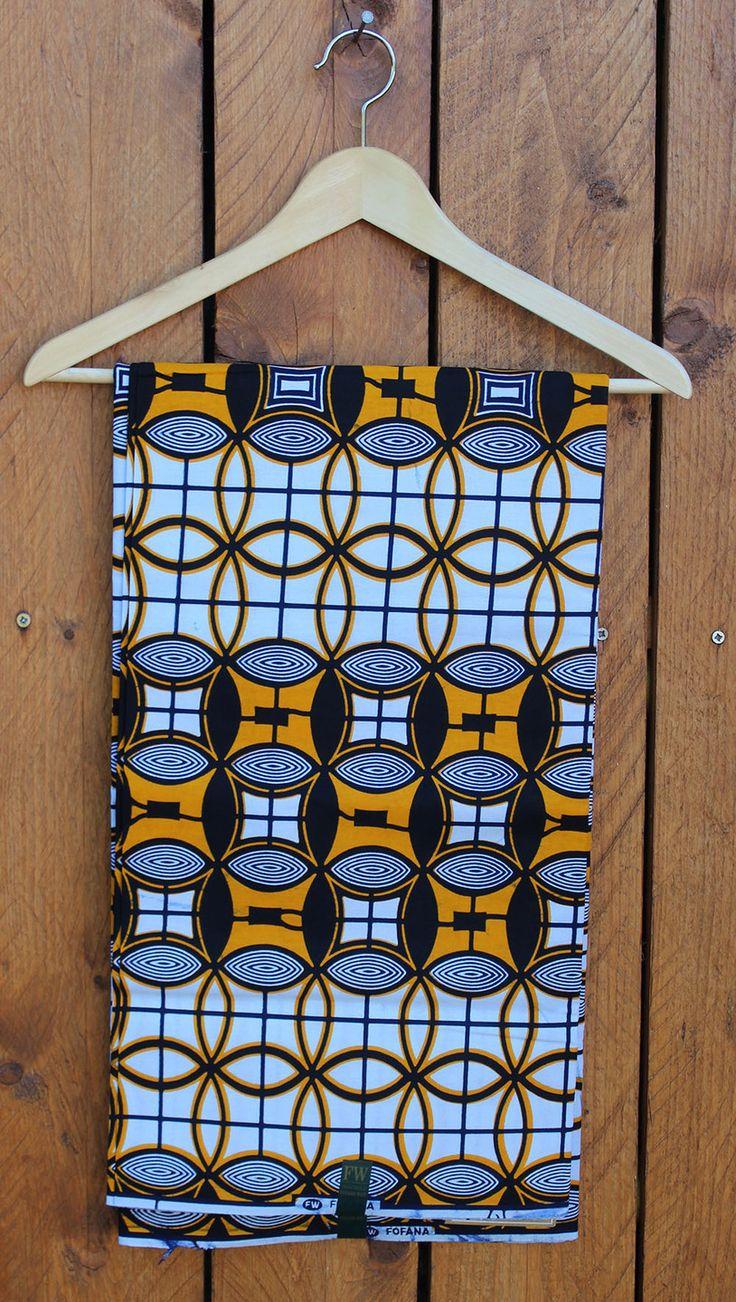 Tissu Wax Africain blanc, jaune et noir géométrique