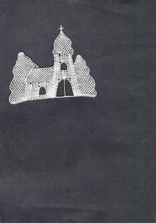 Zasněžený kostelík, - paličkovaná krajka, bobbin lace, autor: Lenka Maslova Spetlova, Hostinné, Atelier ROS ZEFYRA s.r.o.