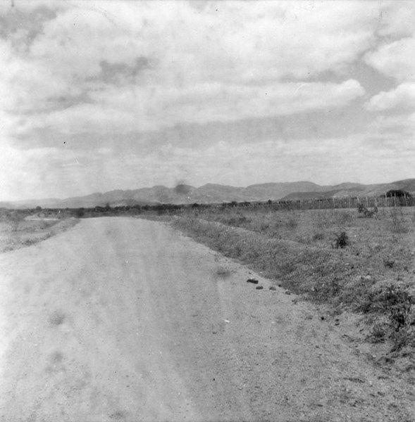 Estrada Ao Fundo Serra De Jacobina Ba 1962 Bahia Brasil