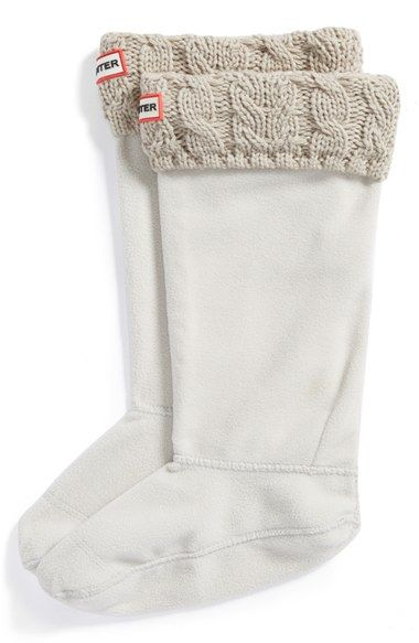 Free shipping and returns on Hunter Cable Knit Cuff Welly Socks (Women) at Nordstrom.com. Cozy sweater-knit cuffs top soft fleece socks designed to add warmth and comfort to your favorite rain boots.