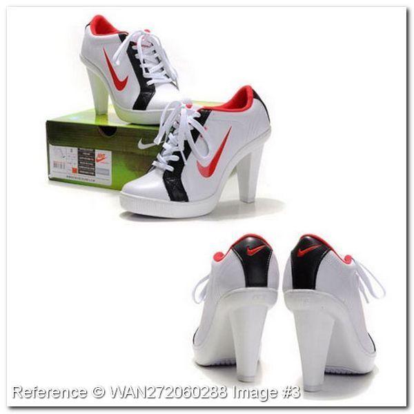 Nike Спортивная обувь для женщин. DU288DK. Nike Спорт высоких каблуках. Белый