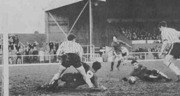 Gillingham 2 Grimsby Town 0 in Dec 1966 at Priestfield Stadium. Action from the Division 3 meeting.
