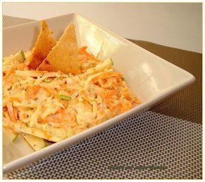 La ensalada de col, manzana, zanahoria y mayonesa más famosa del mundo. Te cuentan cómo prepararla desde el blog QUIERO SER SÚPER FAMOSA.