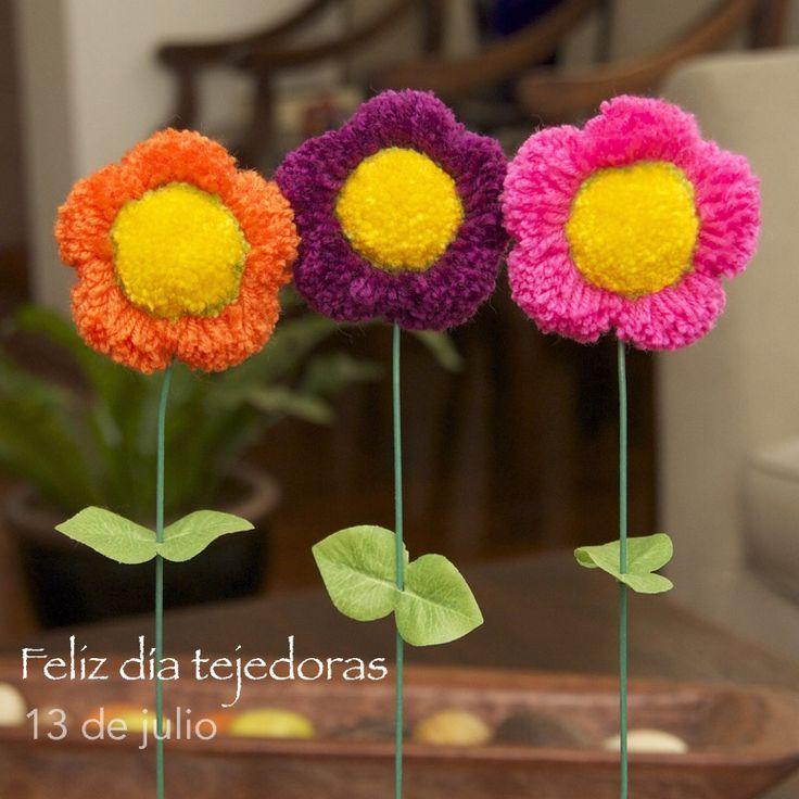 Hoy se celebra el Día de la tejedora en Argentina... nos unimos a la celebración! Feliz día tejedoras del mundo! <3