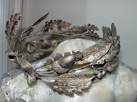 French bridal crown