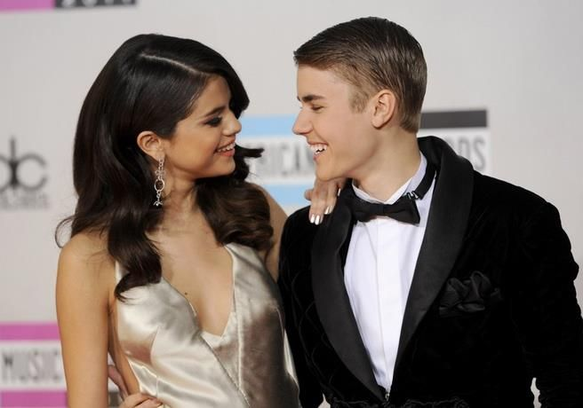 Fotos de Justin Bieber desnudo en Instagram de Selena Gómez