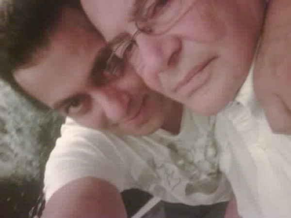 Salman Khan to open Koffee with Karan, dad Salim Khan to join in