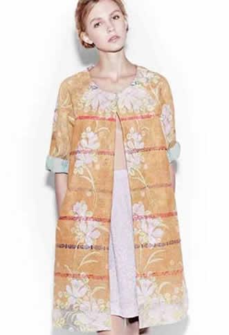 Antik Batik, pret-à-porter