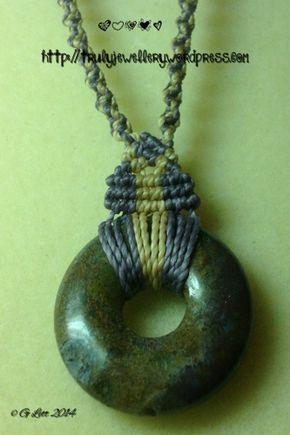 Микро макраме пончик ожерелье, фиолетовый и крем