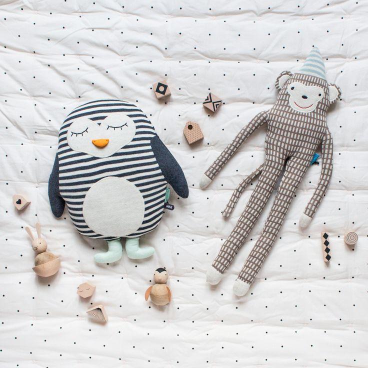 Doudou pingouin maille Oyoy • Lapin bois Oyoy • Set bois à suspendre Oyoy • Doudou singe Oyoy • Pingouin bois Oyoy