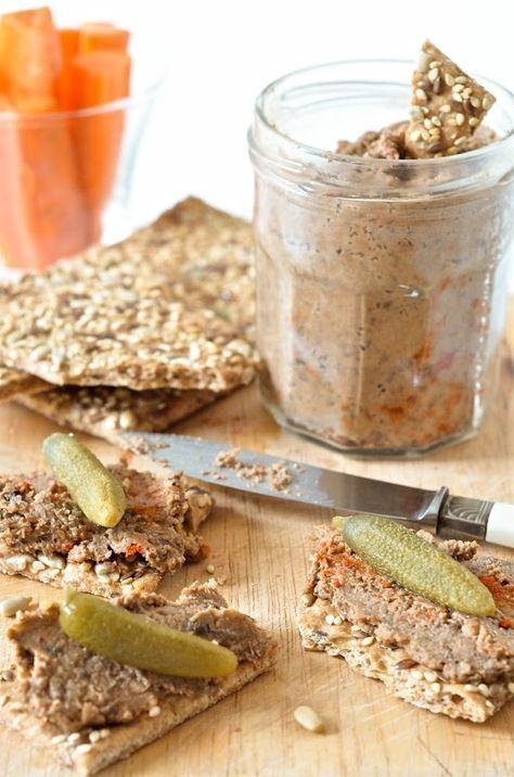 Rillettes végétales aux lentilles et noix. Après le végé-pâté , voici les rillettes végétales ! Une recette saine, de saison, à base de noix et lentilles qui ne nécessite pas trop d...