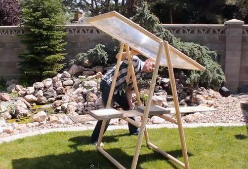 Make a DIY Solar Cooker From An Old Rear Projection TV Screen - http://www.survivorninja.com/make-a-diy-solar-cooker-from-an-old-rear-projection-tv-screen/