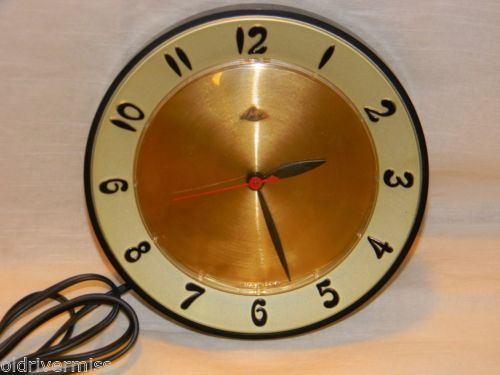 Vintage-LUX-1950s-Gold-Black-Kitchen-Wall-Clock