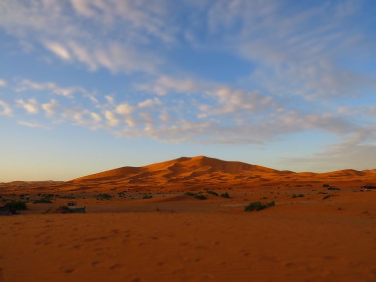 The stranger who saved our Morocco trip – Frolicking Travel Angels  The Sahara Desert