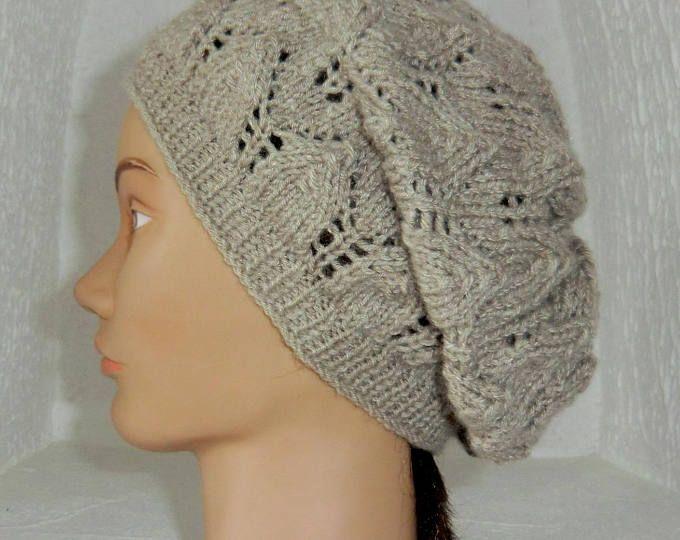 Bonnet Slouchy En laine - Coloris Lin/Taupe - Point fantaisie ajouré feuilles - Femme Adolescente - Tricoté main