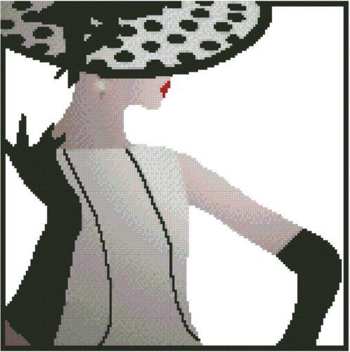 0 point de croix femme elegante en noir et blanc - cross stitch elegant lady in black and white