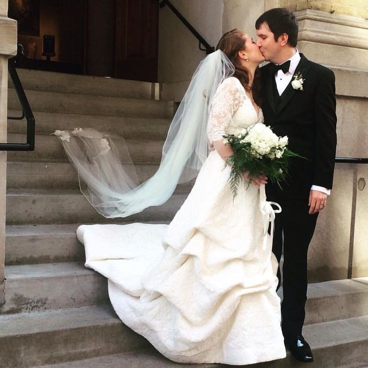 Designer Wedding Gowns For Less: 103 Best Images About Wedding Gowns On Pinterest