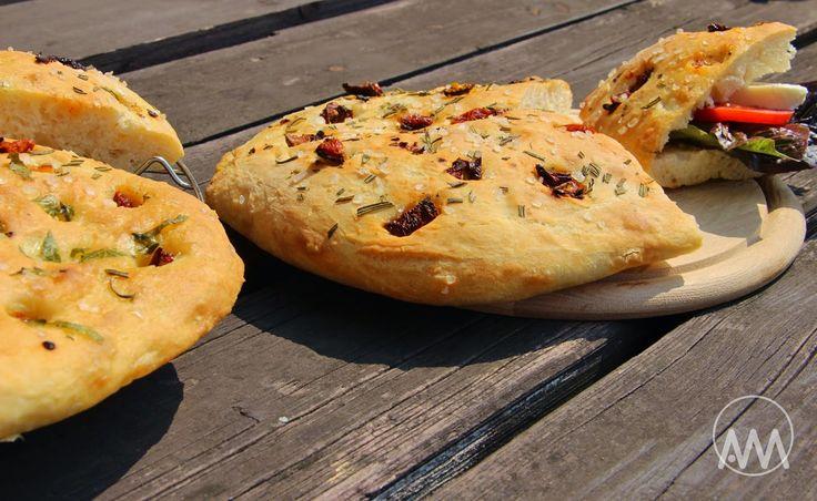 V kuchyni vždy otevřeno ...: Focaccia - italský chléb