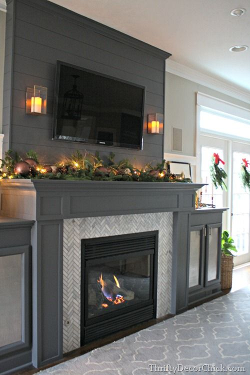 A gorgeous fireplace transformation! Could do this in our bedroom painted in lighter colours.