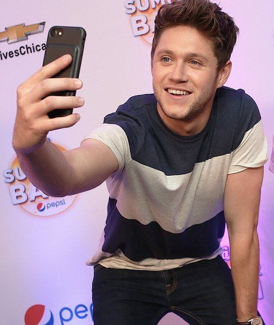 June 24: Niall at the B96 Summer Bash in Chicago