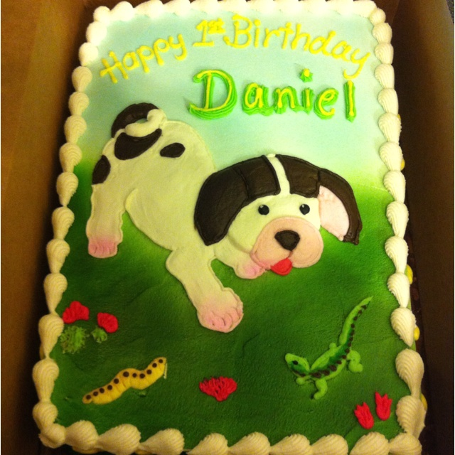 This was Daniel's Pokie Little Puppy birthday cake! Little Golden Books was such a cute party idea for a first birthday!