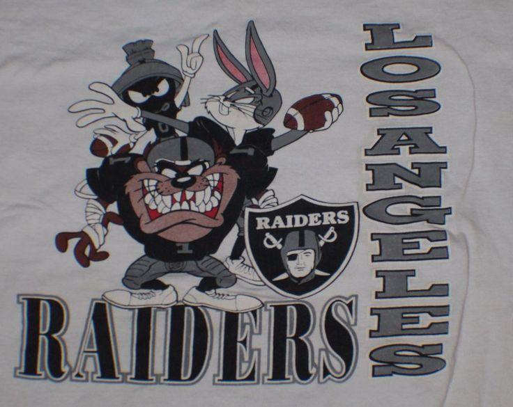 Vintage 90's NFL Los Angeles Raiders Tee T Shirt Large Looney Tunes Taz Bugs