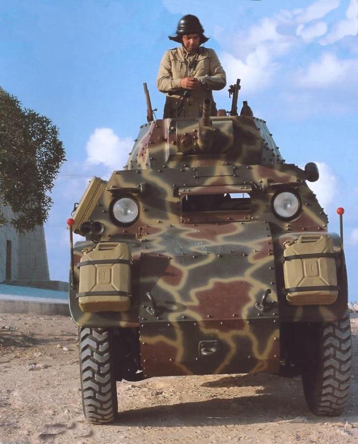 Autoblindo AB-41 ad El Alamein (ricostruzione con l'utilizzo di un mezzo originale restaurato)