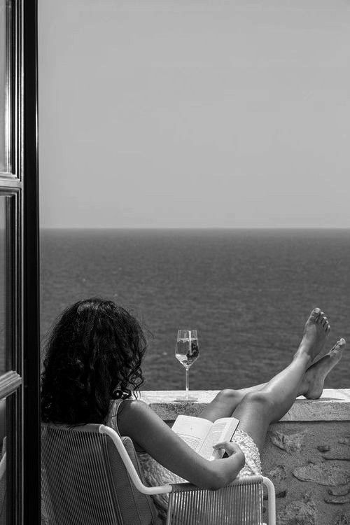 Ahhh....the warm ocean, a good book, a small glass of wine and some time alone in the sunshine. Peace ))) ~ I want that now! GG.