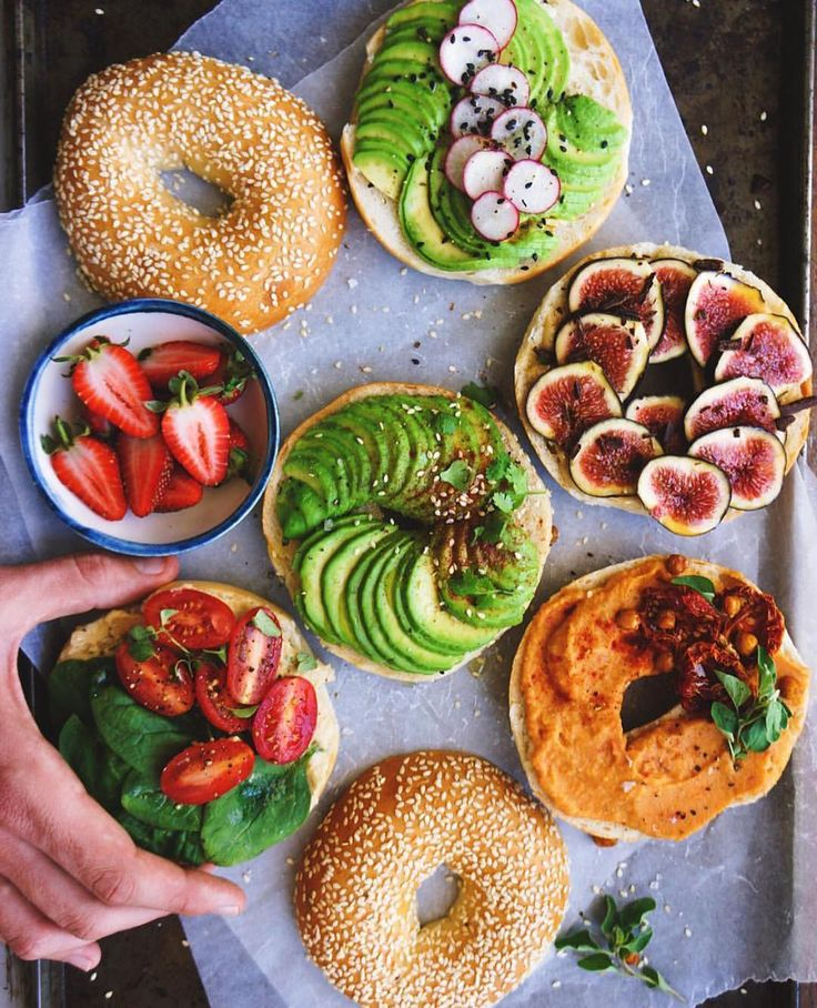 Bagel Party! by @anettvelsberg  by veganfoodspot