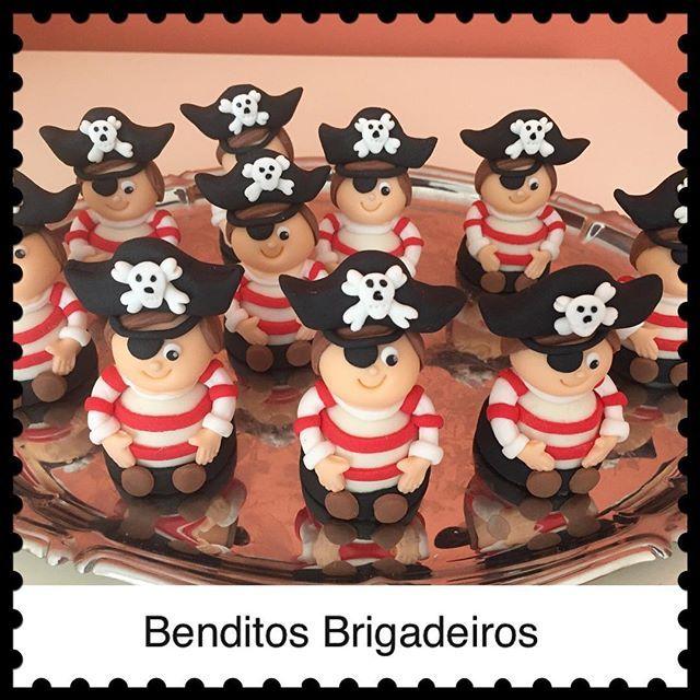 Trufas piratas. #benditosbrigadeiros #doces #candy #docesmodelados #docespersonalizados ...