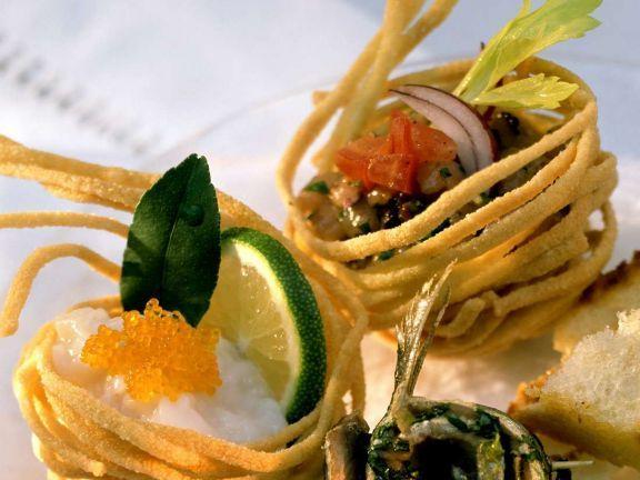 Gefüllte Nudelkörbchen ist ein Rezept mit frischen Zutaten aus der Kategorie Muscheln. Probieren Sie dieses und weitere Rezepte von EAT SMARTER!