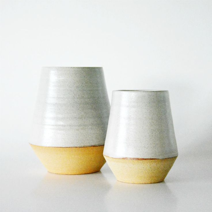 Stoneware vase w. white glazeH: 15 cm.Dia: 8,50 cm.Unique, one of a kind (all though it has a smaller sister)