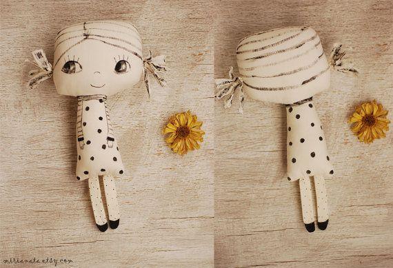 Tissu peint poupée poupée fait main poupée Ooak par mirianata