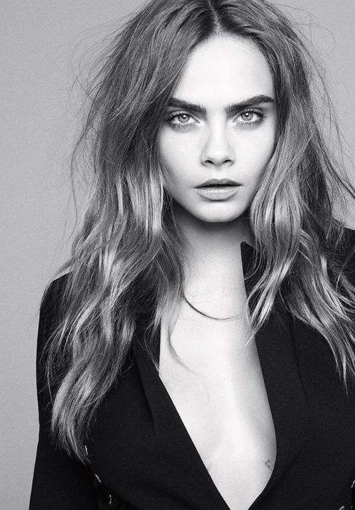Cara Delevingne is a model who is known for her amazing work modelling for many company's and her amazing eye brows