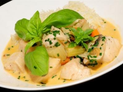 Receta | Pollo strogonoff con arroz - canalcocina.es