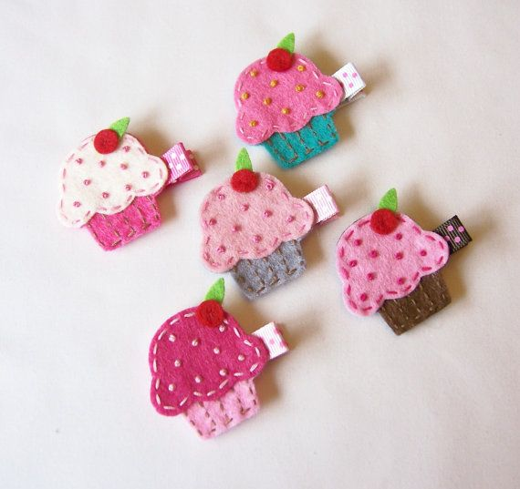 cupcake hairclips for Kelsey's party favors for the girls i am going to make them myself