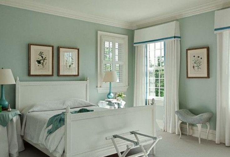 Romantische slaapkamer idee. Tref: wit, blauw, slapen, bed, munt, mint, groen, blauw.