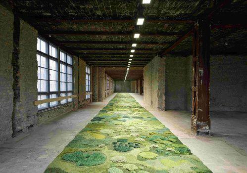 Le tapis végétal du défilé Dries Van Noten exposé à Berlin 6