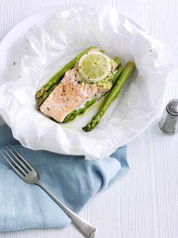 Lemon and garlic trout parcels with asparagus