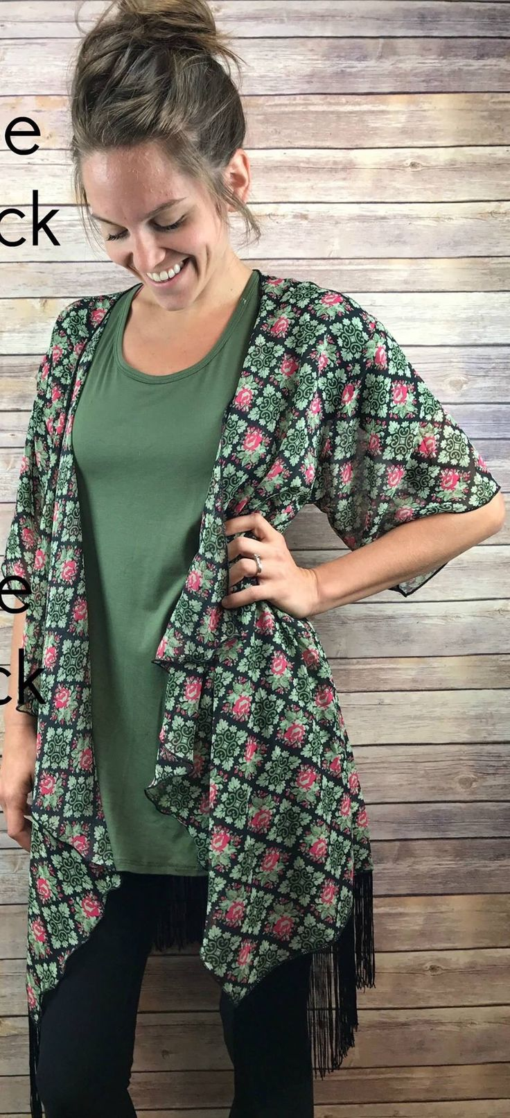 Monroe perfect leggings  LuLaRoe Coral Svec