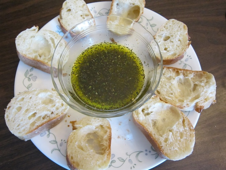Pesto Bread Dipping Oil Mix- an inexpensive appetizer or snack for parties